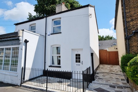 View Full Details for Wellington Road, Orpington - EAID:11e514c9f7e99906cb8dd0ceb0e9edcf, BID:1