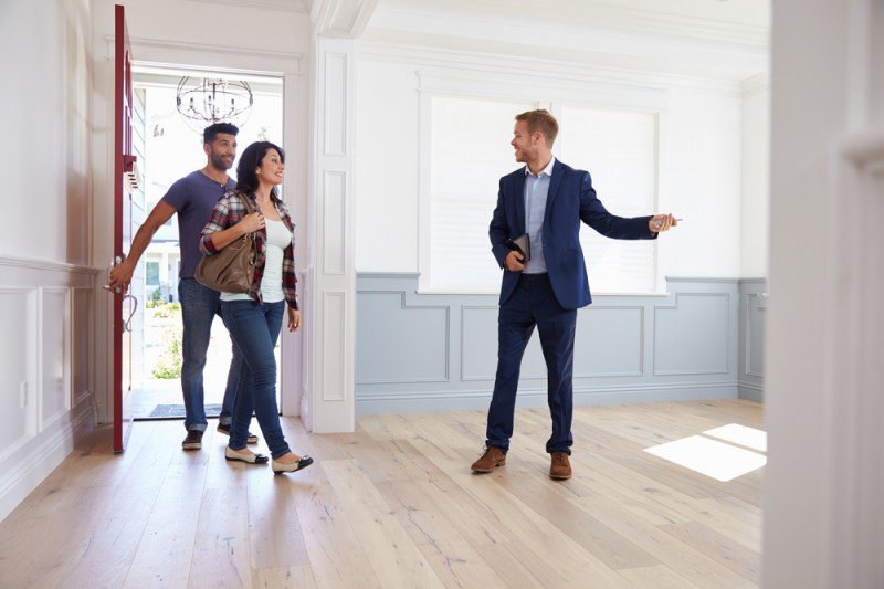Selling your house: 6 cost-effective ways to impress buyers